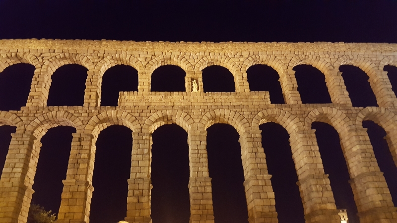 The Segovian aqueduct at night, the place to be.